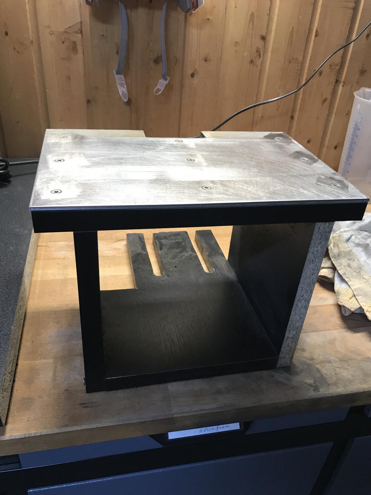 Tisch.jpeg